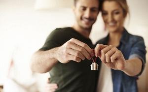 Кто оплачивает услуги нотариуса при покупке квартиры