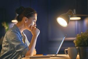 Работа в ночное время для девушек работа для одиноких девушек
